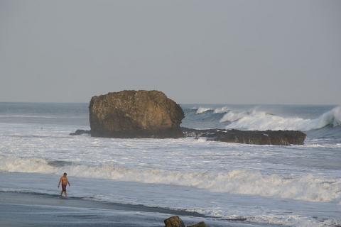 playa-el-salvador.jpg